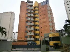 Apartamento En Venta En Valencia, Los Mangos, Venezuela, VE RAH: 16-18658