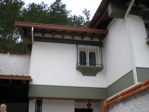 Casa En Ventaen Caracas, Alto Prado, Venezuela, VE RAH: 16-18703