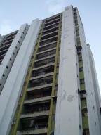 Apartamento En Venta En Caracas, Palo Verde, Venezuela, VE RAH: 16-18690