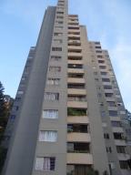 Apartamento En Venta En Caracas, Los Naranjos Del Cafetal, Venezuela, VE RAH: 16-18691