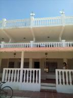 Apartamento En Venta En Punto Fijo, Villa Marina, Venezuela, VE RAH: 16-18697
