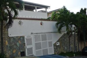 Casa En Venta En Caracas, Colinas De Bello Monte, Venezuela, VE RAH: 16-18752