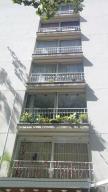 Apartamento En Venta En Caracas, La Florida, Venezuela, VE RAH: 16-18716