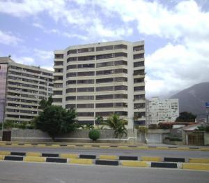 Apartamento En Venta En Parroquia Caraballeda, Camuri Chico, Venezuela, VE RAH: 16-18655