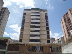 Apartamento En Venta En Caracas, Parroquia La Candelaria, Venezuela, VE RAH: 16-18717