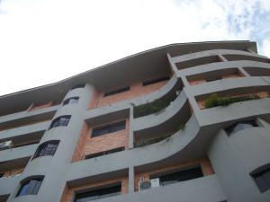 Apartamento En Venta En Valencia, Lomas Del Este, Venezuela, VE RAH: 16-18787