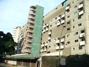 Apartamento En Venta En Caracas, El Paraiso, Venezuela, VE RAH: 16-18626