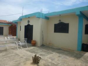 Casa En Venta En Ciudad Ojeda, La 'l', Venezuela, VE RAH: 16-18827