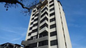 Apartamento En Venta En Caracas, San Bernardino, Venezuela, VE RAH: 16-18841