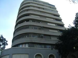 Apartamento En Venta En Caracas, Chacaito, Venezuela, VE RAH: 16-18856