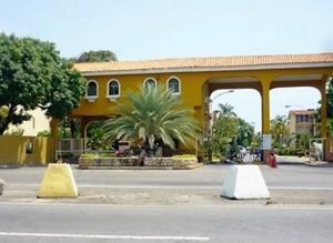 Casa En Venta En Lecheria, Complejo Turistico El Morro, Venezuela, VE RAH: 16-18865