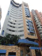 Apartamento En Venta En Valencia, El Bosque, Venezuela, VE RAH: 16-18867