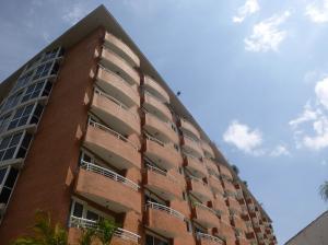Apartamento En Venta En Guatire, Buenaventura, Venezuela, VE RAH: 16-18870