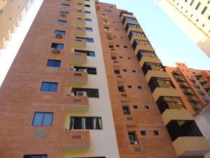 Apartamento En Venta En Valencia, La Trigaleña, Venezuela, VE RAH: 16-18897