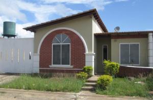 Casa En Venta En Maturin, La Pradera, Venezuela, VE RAH: 15-15337