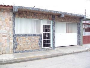 Casa En Venta En Municipio Santiago Marino, Barrio Saman De Guere, Venezuela, VE RAH: 16-18901
