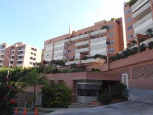 Apartamento En Venta En Caracas, Solar Del Hatillo, Venezuela, VE RAH: 16-18907