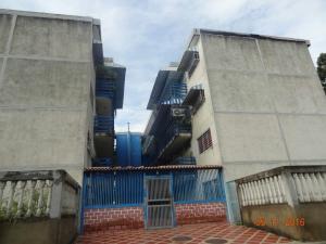 Apartamento En Ventaen Charallave, Arichuna, Venezuela, VE RAH: 16-18987