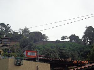 Terreno En Venta En Caracas, Alto Hatillo, Venezuela, VE RAH: 16-5567