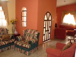 Casa En Venta En Cabimas, Ambrosio, Venezuela, VE RAH: 16-18938