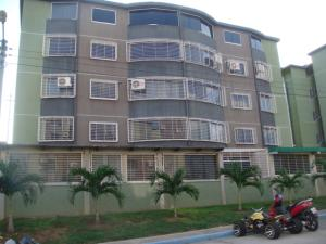 Apartamento En Venta En Guatire, La Sabana, Venezuela, VE RAH: 16-18958