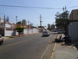Terreno En Alquiler En Maracaibo, Centro, Venezuela, VE RAH: 16-18959