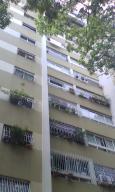 Apartamento En Venta En Caracas, El Paraiso, Venezuela, VE RAH: 16-19022