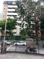 Apartamento En Venta En Caracas, El Marques, Venezuela, VE RAH: 17-7289