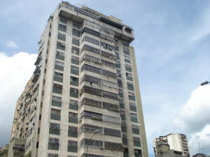 Apartamento En Venta En Caracas, Centro, Venezuela, VE RAH: 16-18995