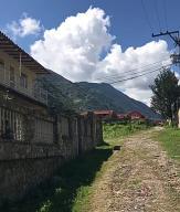 Casa En Venta En La Puerta, Los Cerrillos, Venezuela, VE RAH: 16-19000