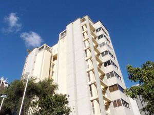 Apartamento En Venta En Caracas, El Cafetal, Venezuela, VE RAH: 16-19006