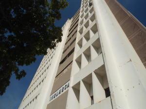 Oficina En Venta En Maracaibo, 5 De Julio, Venezuela, VE RAH: 16-19013