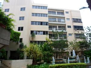 Apartamento En Venta En Caracas, Colinas De Bello Monte, Venezuela, VE RAH: 16-19227