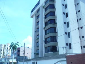 Apartamento En Ventaen Lecheria, El Morro I, Venezuela, VE RAH: 16-19066