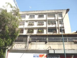 Apartamento En Venta En Caracas, Centro, Venezuela, VE RAH: 16-19127
