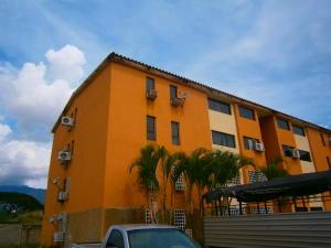 Apartamento En Venta En Municipio Naguanagua, Manantial, Venezuela, VE RAH: 16-19140
