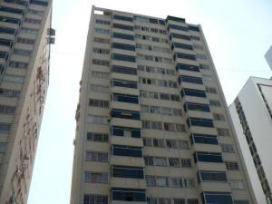 Apartamento En Venta En Caracas, Terrazas De Santa Fe, Venezuela, VE RAH: 16-19236