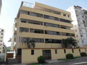 Apartamento En Venta En Valencia, Trigal Centro, Venezuela, VE RAH: 16-19189