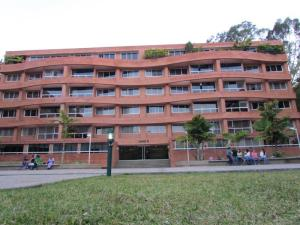 Apartamento En Venta En Caracas, La Boyera, Venezuela, VE RAH: 16-19209