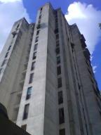 Apartamento En Venta En Caracas, Chacaito, Venezuela, VE RAH: 16-19219