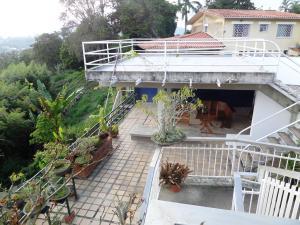 Casa En Venta En Caracas - Los Guayabitos Código FLEX: 16-19239 No.10