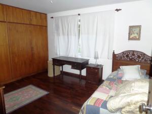 Casa En Venta En Caracas - Los Guayabitos Código FLEX: 16-19239 No.9