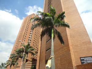 Apartamento En Venta En Caracas, Sabana Grande, Venezuela, VE RAH: 16-19346