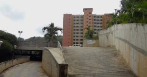 Apartamento En Venta En Caracas, Parque Caiza, Venezuela, VE RAH: 16-19276