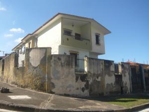 Casa En Venta En Valencia, Trigal Sur, Venezuela, VE RAH: 16-19287