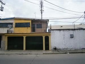 Casa En Venta En Valencia, La Candelaria, Venezuela, VE RAH: 16-19326
