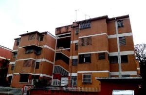 Apartamento En Venta En Caracas, La Trinidad, Venezuela, VE RAH: 16-19474