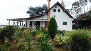 Casa En Ventaen El Junquito-Vargas, El Tibron, Venezuela, VE RAH: 16-19331