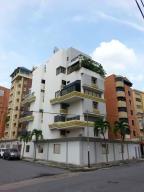 Apartamento En Venta En Maracay, El Bosque, Venezuela, VE RAH: 16-19327