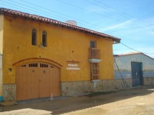Casa En Ventaen Chichiriviche, Playa Sur, Venezuela, VE RAH: 16-19827